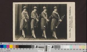 """Damen-Blas-Orchester """"Alt-Heidelberg"""" © Archiv Frau und Musik (gemeinfrei)"""